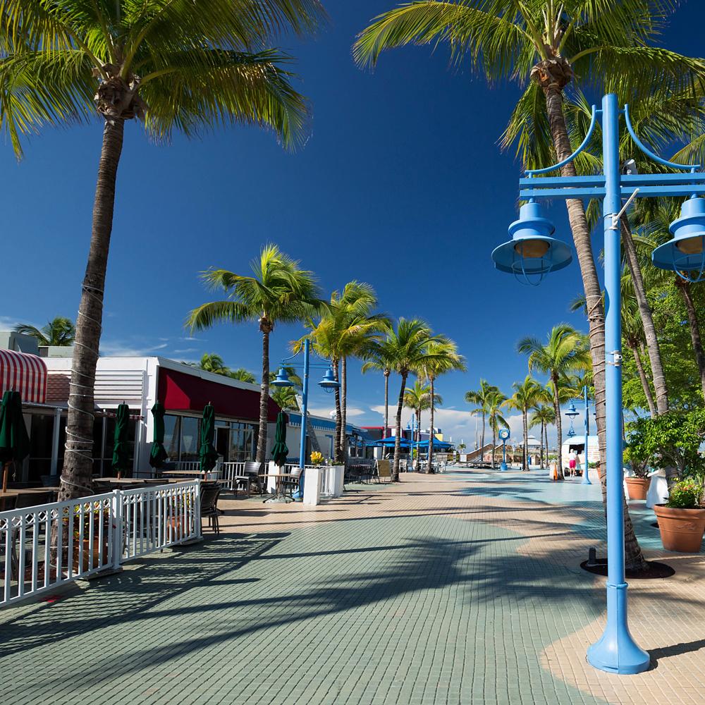 walkway in Fort Myers Beach